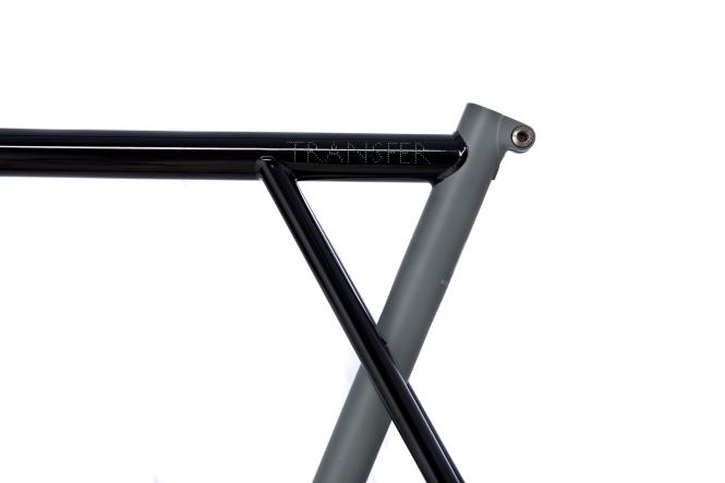 Glossy Black: Matt Gray-2
