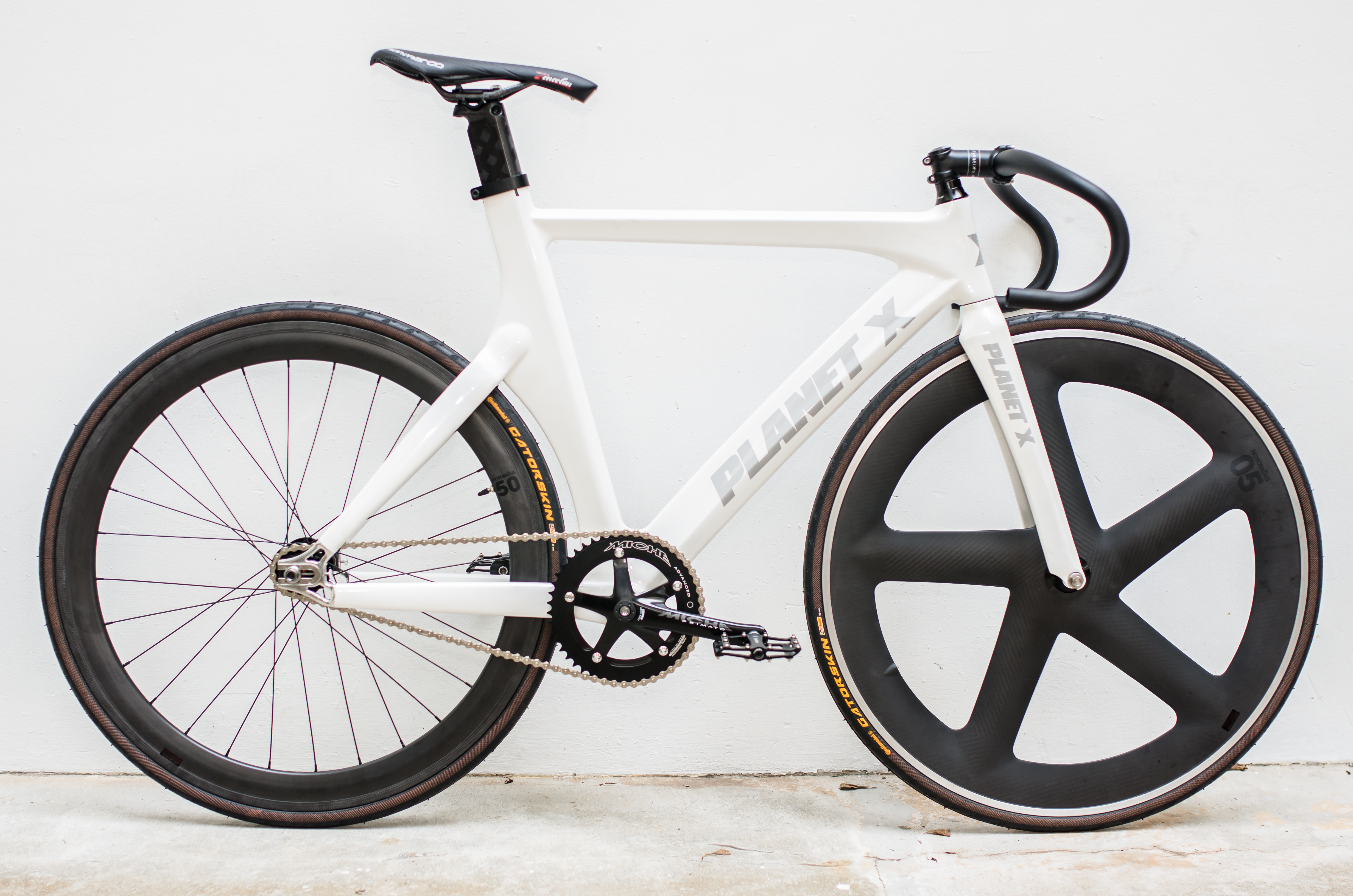 CYCLE PROJECT STORE X PLANET X – THE FIXED LIFE