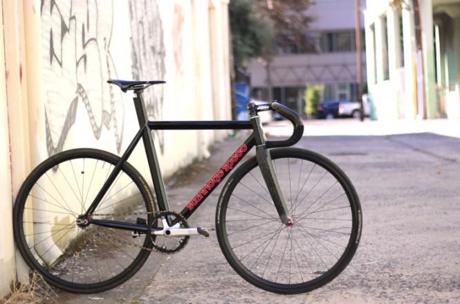 jeff-stanride-bike-2-749x495