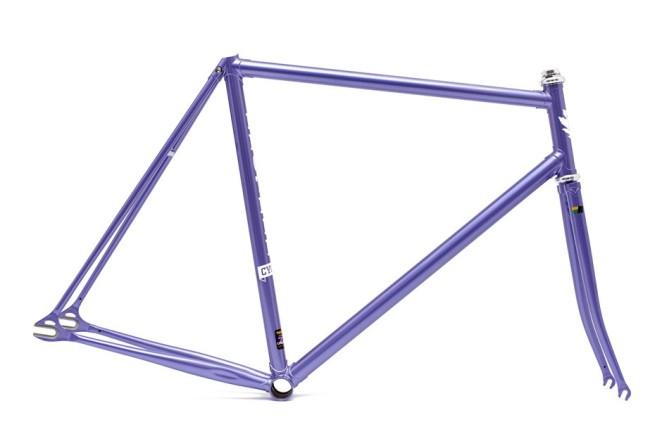 R725_Lilac1-940x627